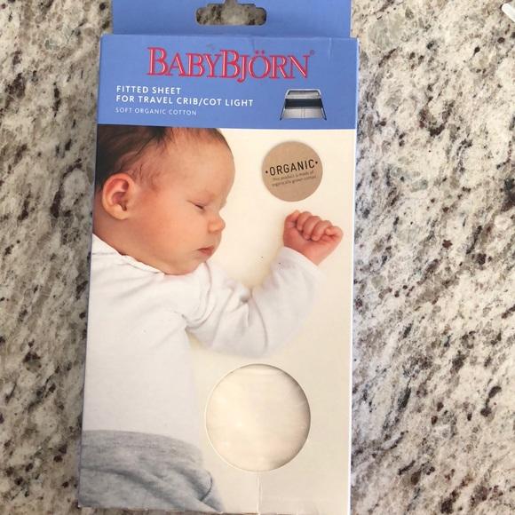ba535122aca Baby Bjorn Fitted Travel Crib Sheet
